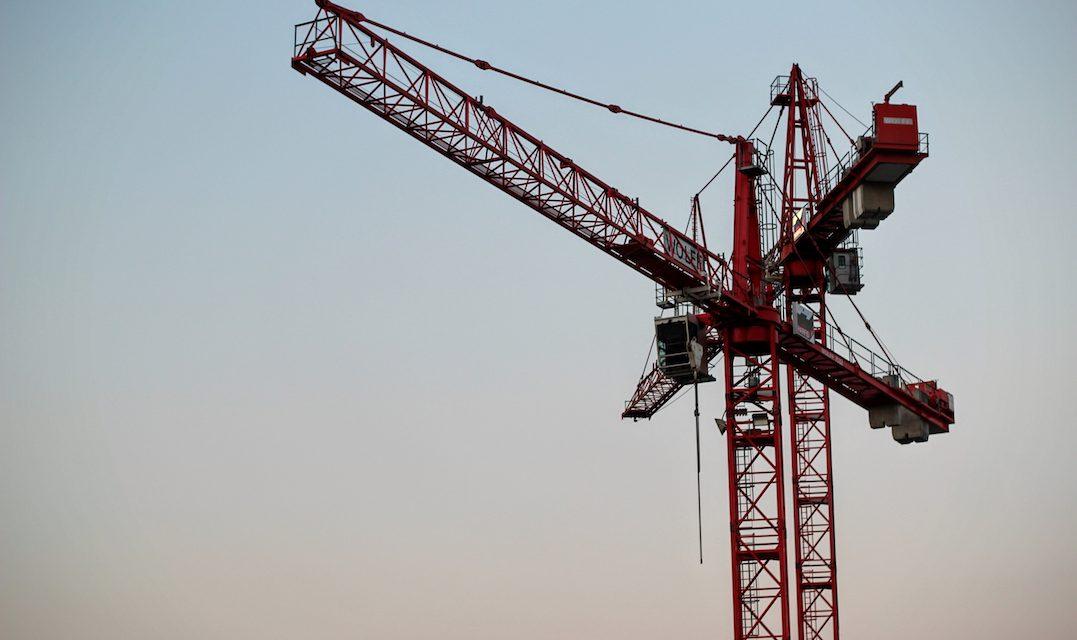 Cae Inversión Fija Bruta en julio, la mayor en casi 10 años